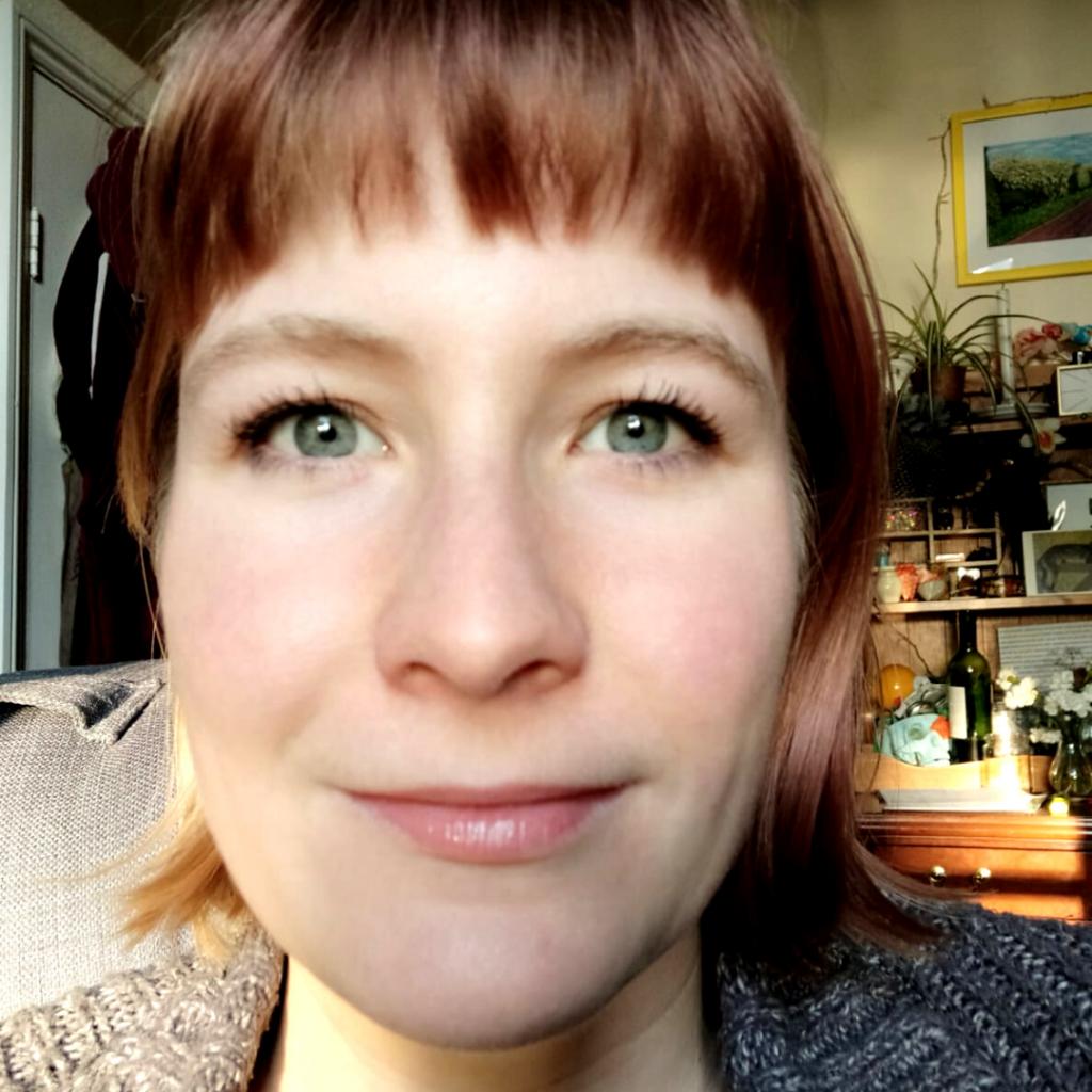 Photo of Nicole Holgate